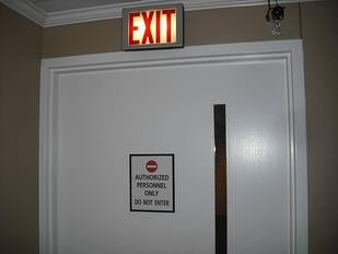 Confusing-Exit-Signage-3-Web-2