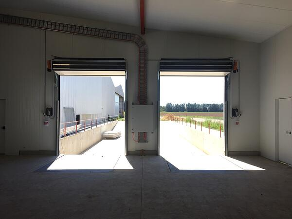Compact Thermal Sectional Doors at Jeftomson