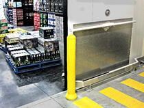 Remax Poly bollards bumprail system for supermarket retail sector (2)